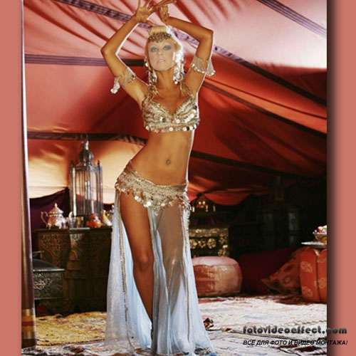 Фото танцующей голой женщины